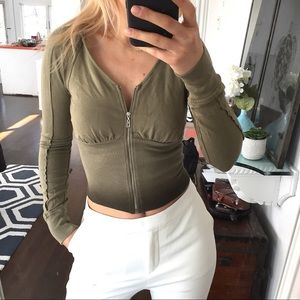 Green Ombré Cropped Hoodie 💚